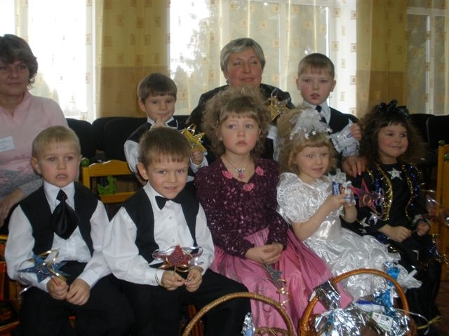 Поездка на День Святого Николая 19.12.2008 в Прилуцкий ДД- интернат  - изображение №2